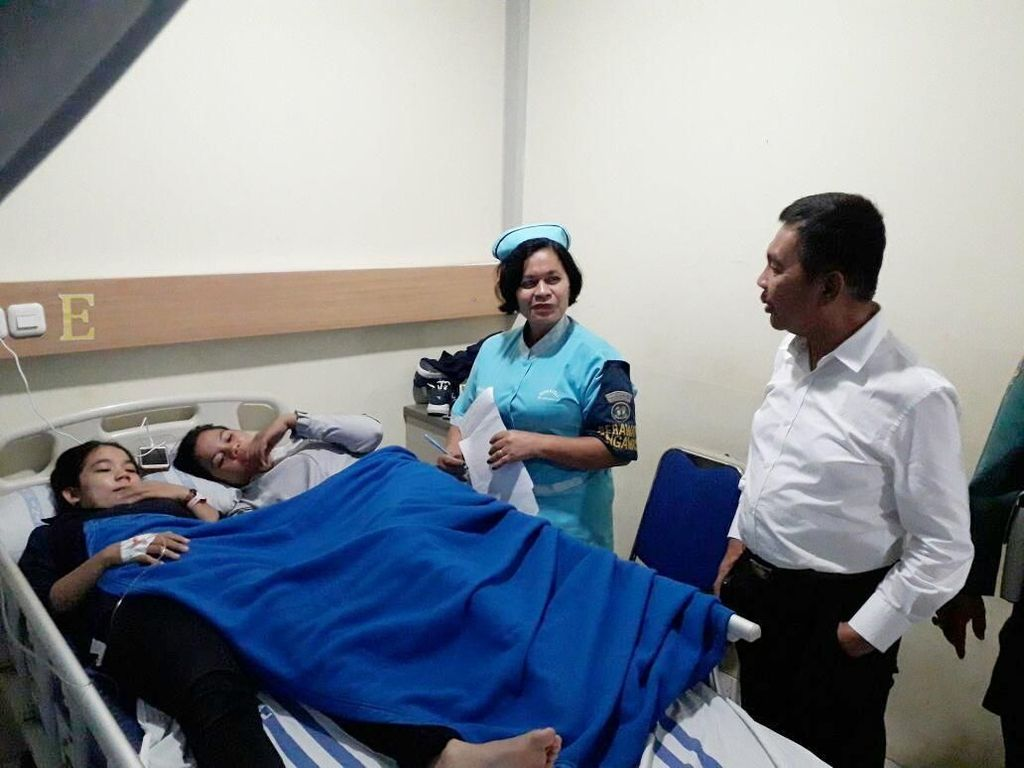 Wagub Sumsel Pastikan Korban Ambruknya Selasar BEI Dapat Perawatan