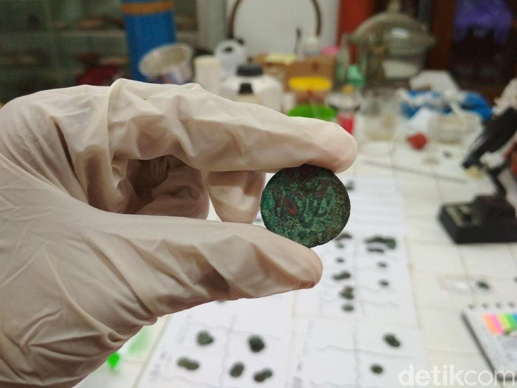 BKB Teliti Ribuan Koin Peninggalan VOC Temuan Warga Magelang