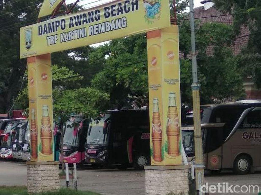 Gabung Aksi, Massa Nelayan Cantrang Rembang Berangkat ke Jakarta