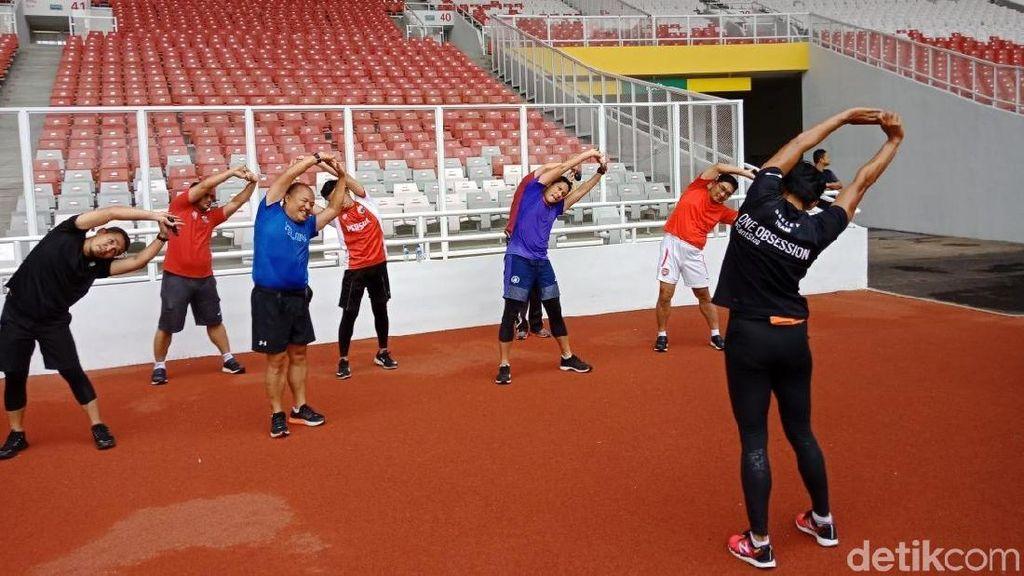Usai Lari 5 Putaran, Sandi Pendinginan Diiringi Sayang Via Vallen