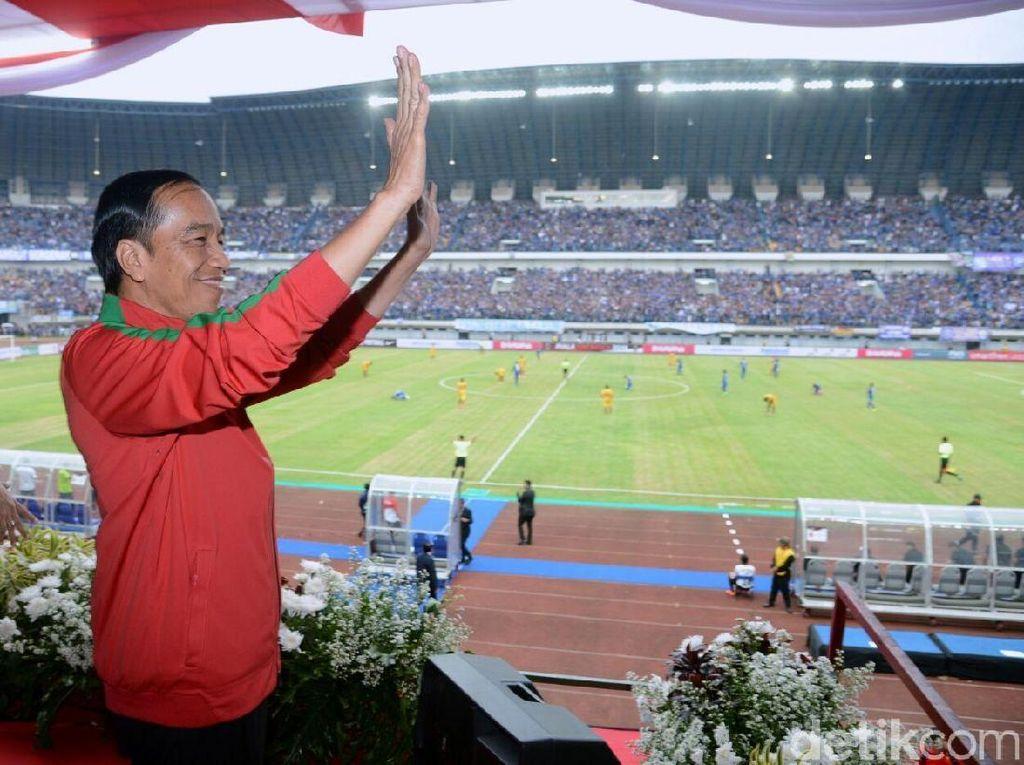 Jokowi Ungkap Alasannya Tak Hadir di Final Piala Presiden 2019