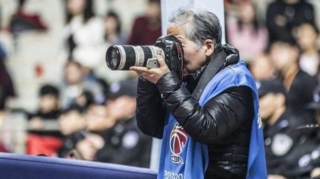 Potret Nenek 79 Tahun, Fotografer Legendaris di China