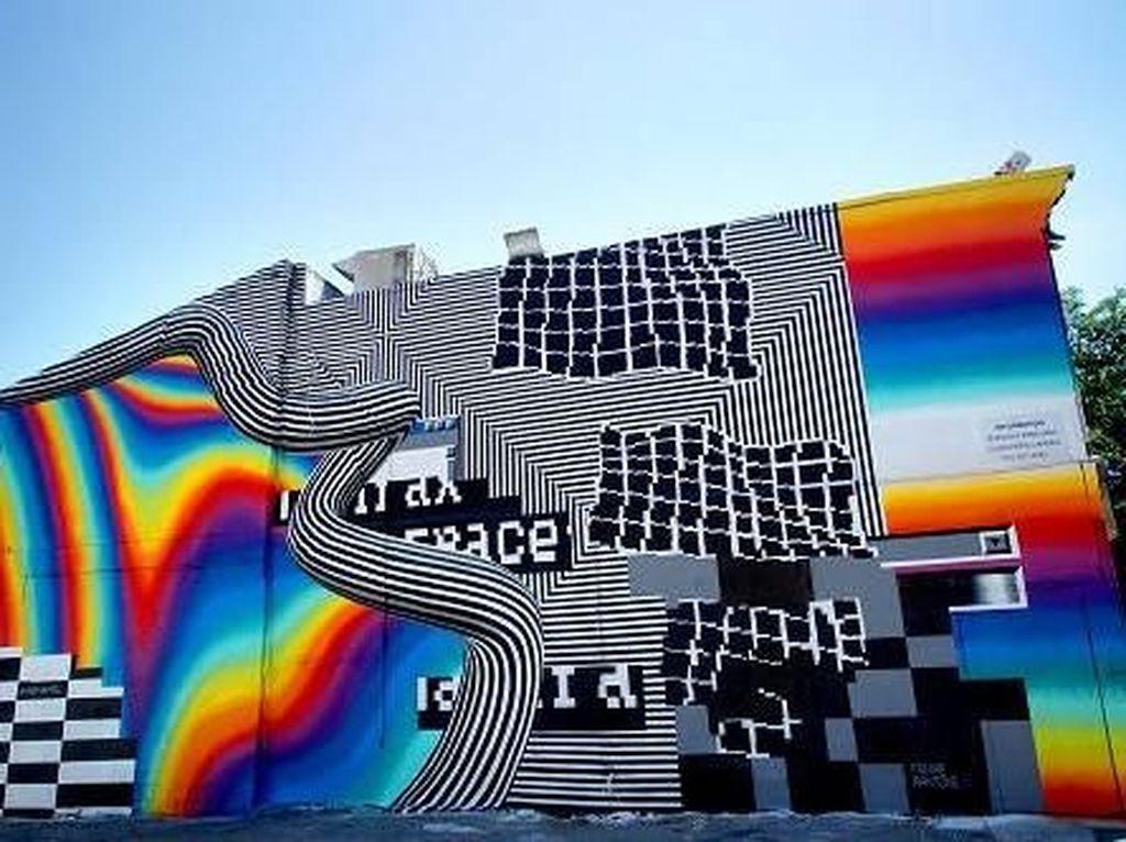 Eko Nugroho Pajang Karya Berdampingan dengan Banksy dan Obey di Singapura