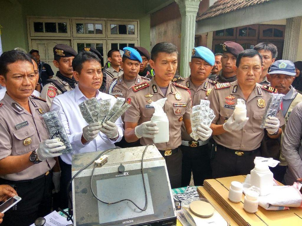 Polisi Gerebek Rumah di Sidoarjo, Temukan 5 Juta Pil PCC di Dalamnya