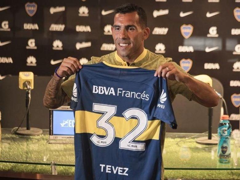 Tevez mengatakan Kariernya di China layaknya Liburan