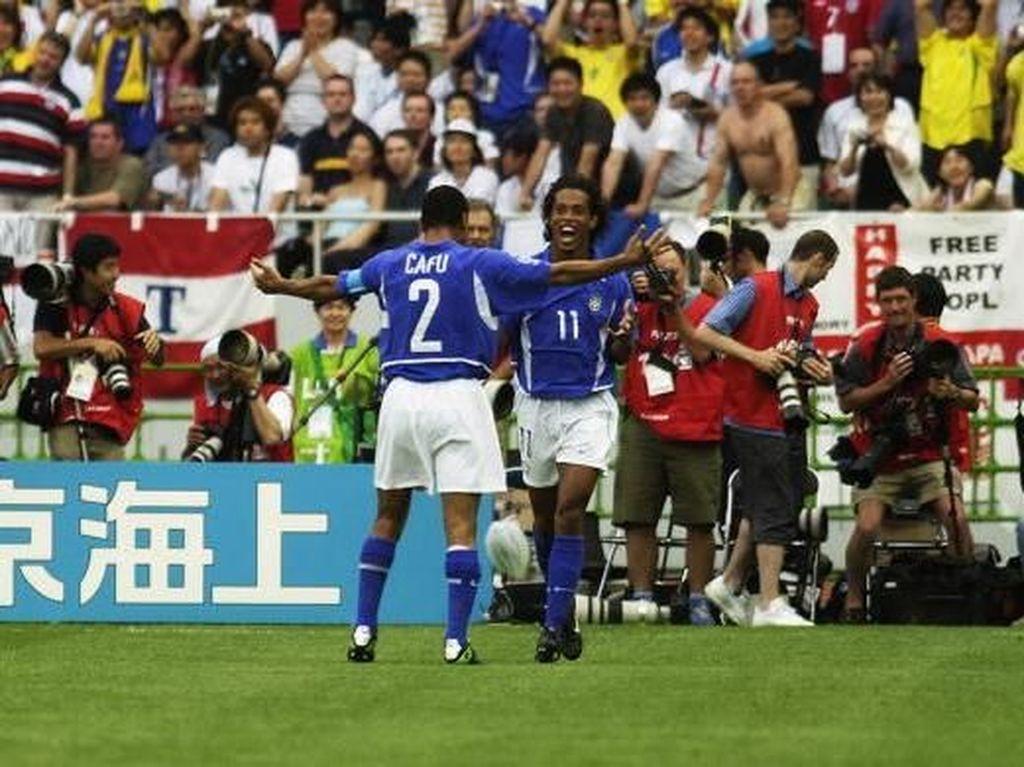 Nostalgia Momen Ronaldinho Kecoh David Seaman di Piala Dunia