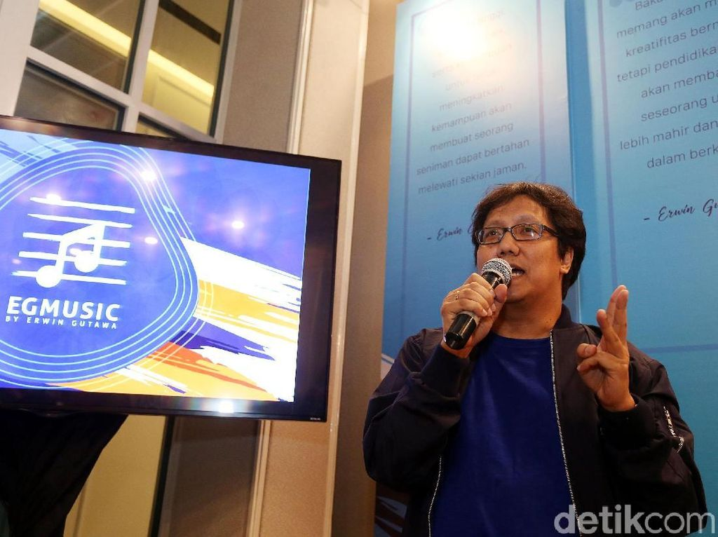 Erwin Gutawa Libatkan 50 Orang di Konser Orkestra Online