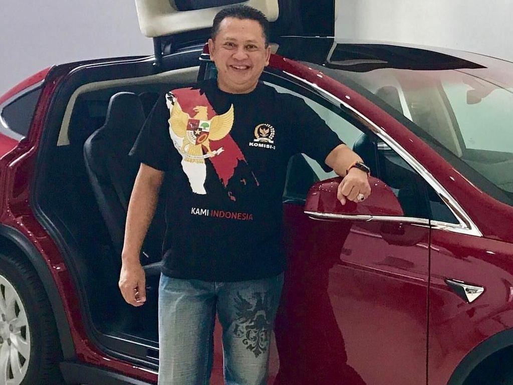 Punya Mobil Tesla, Bamsoet Belum Pernah Sentuh Mobdin Ketua DPR