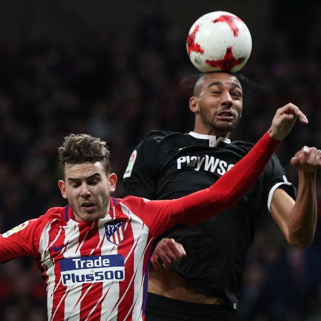 Dramatis, Sevilla Kalahkan Atletico 2-1