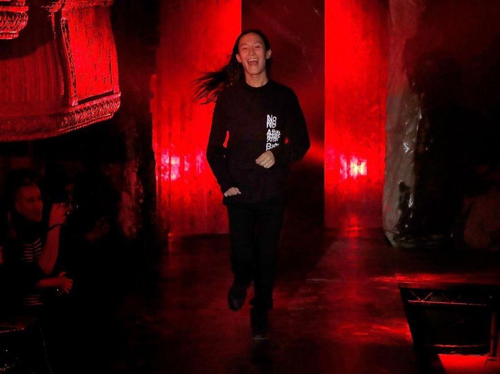 Desainer Alexander Wang Bantah Tuduhan Predator Seks
