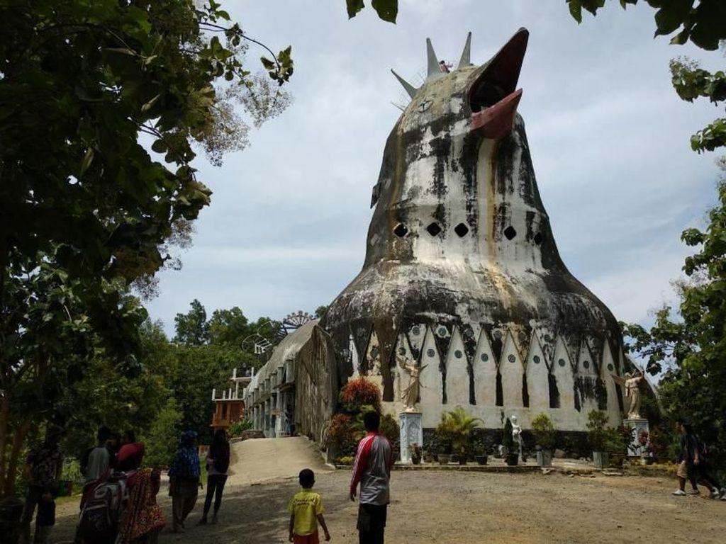 Liburan ala Rangga dan Cinta di Gereja Ayam Bukit Rhema