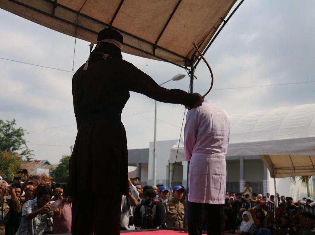 Pertimbangan MS Aceh Ubah Vonis Guru Cabul Jadi Cambuk: Efek Jera-Berhemat