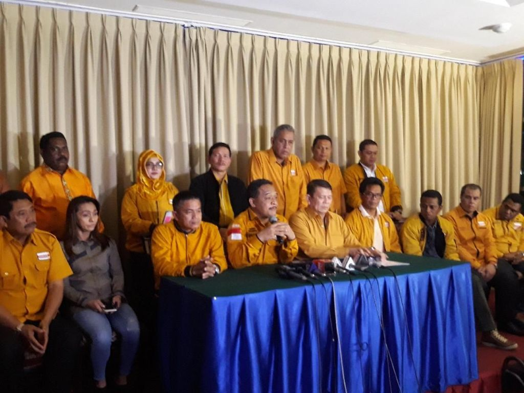Hanura Manhattan: Ada yang Ingin Benturkan OSO dan Wiranto
