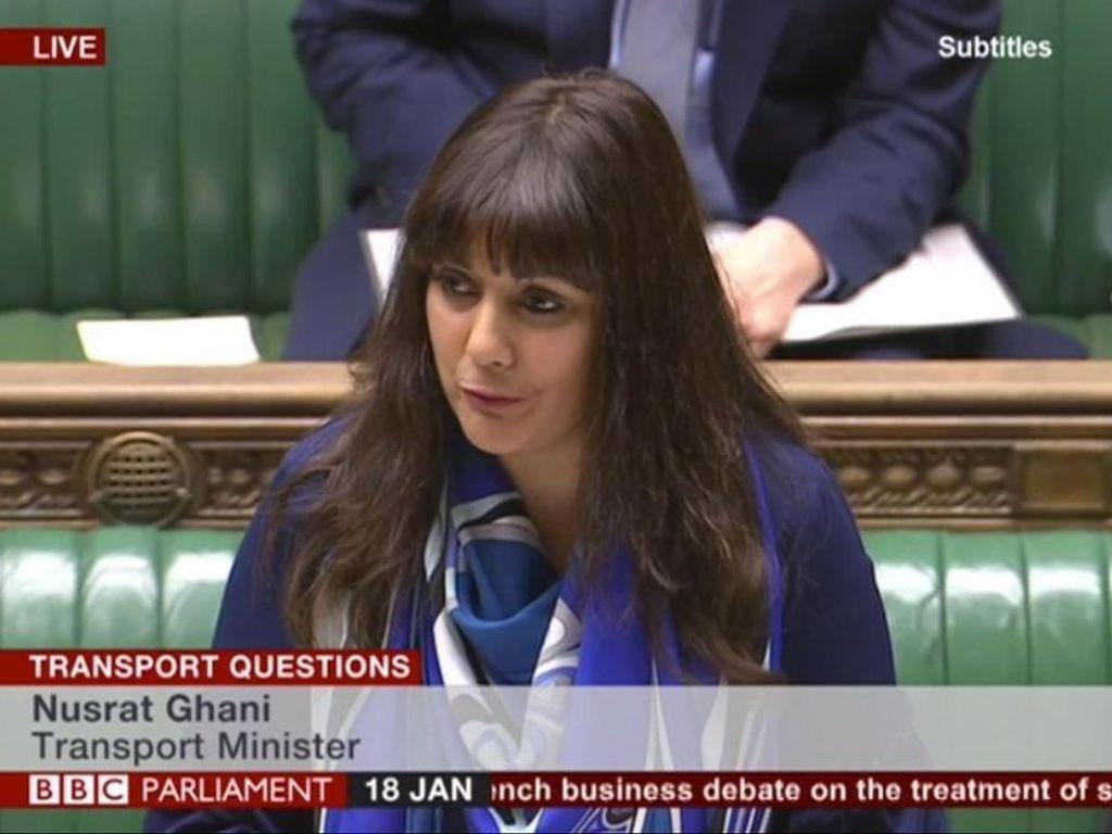 Ini Menteri Wanita Muslim Pertama yang Bicara di Parlemen Inggris