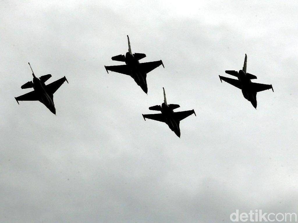 TNI AU Jelaskan soal Suara Kencang di Langit Jakarta Pagi Tadi