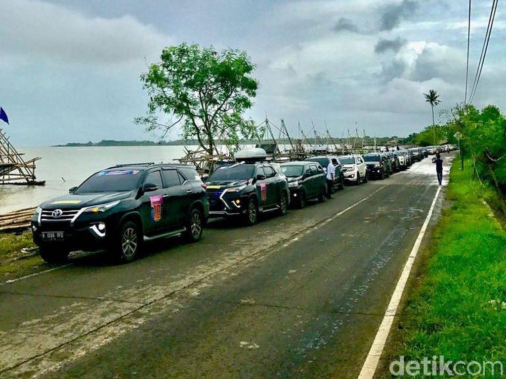 ID42NER Jajal Ketangguhan Fortuner di Tanjung Lesung