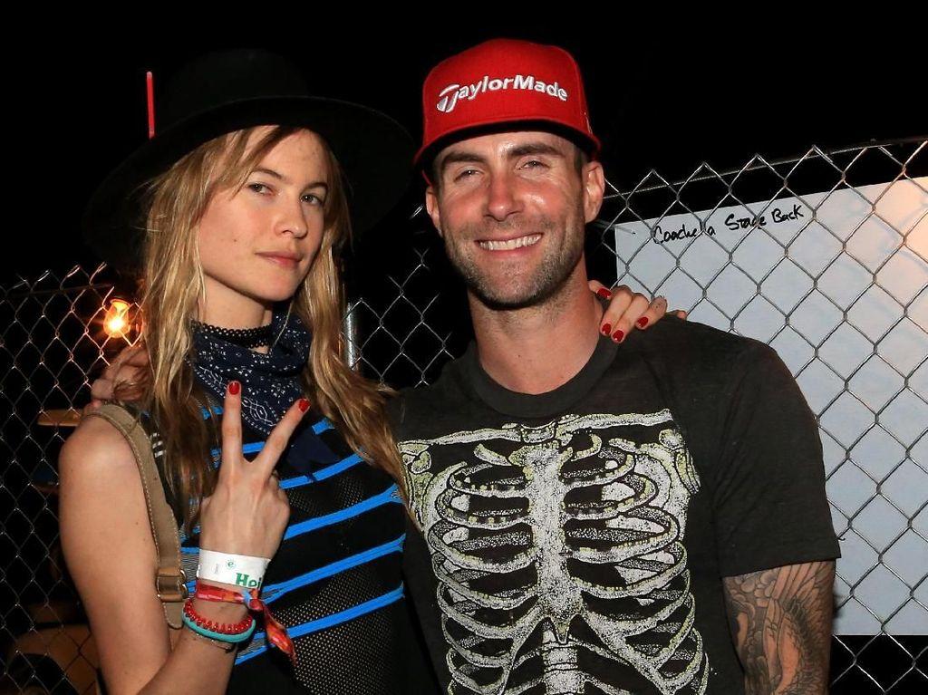 Ini 12 Wanita Cantik dan Hebat yang Eksis di Video Klip Maroon 5