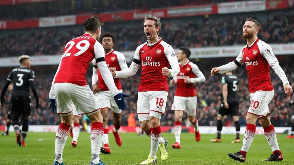 Arsenal Gasak Palace 4-1