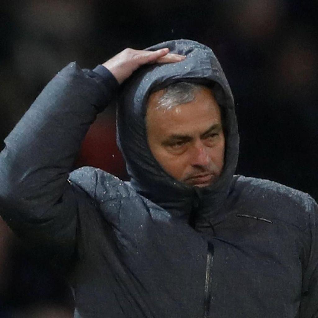Mourinho: Negosiasi Transfer Sanchez Belum Tuntas