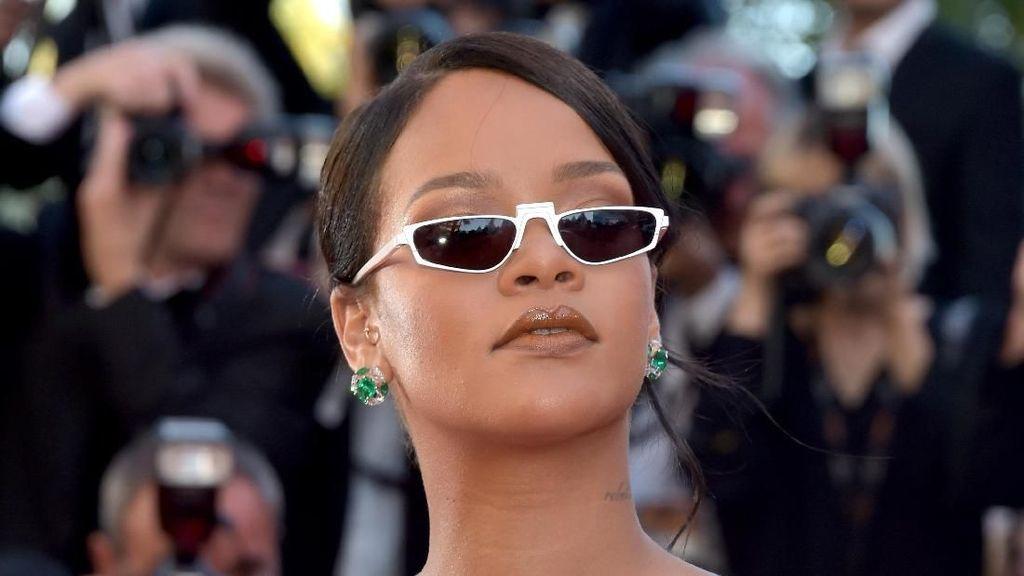 Sukses di Musik & Bisnis Kosmetik, Total Kekayaan Rihanna Mencengangkan