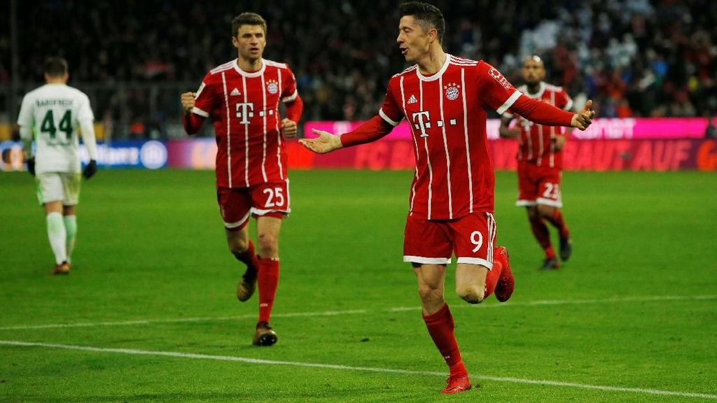 Mueller dan Lewandowski Pimpin Bayern Kalahkan Bremen