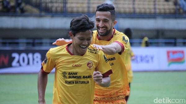 Sriwijaya FC Kalahkan PSM Tiga Gol Tanpa Balas