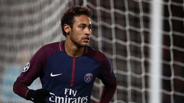 Neymar 2000 Persen Bertahan di PSG