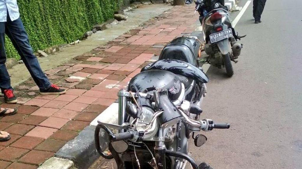 Penampakan SUV dan Moge yang Kecelakaan di Pakubuwono
