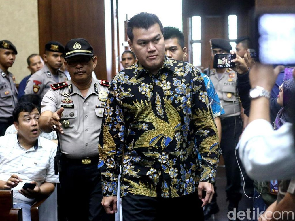Andi Narogong Lunasi Uang Pengganti USD 2,5 Juta dari Korupsi e-KTP