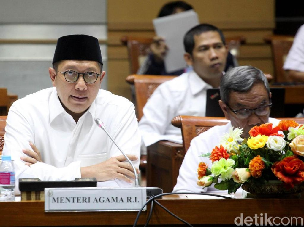 Jemaah Umrah Indonesia Kini Tak Bisa Transit ke Banyak Negara
