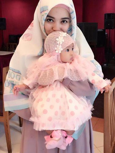 Gaya Hijab Syar'i Untuk Ke Kondangan Ala Nuri Maulida