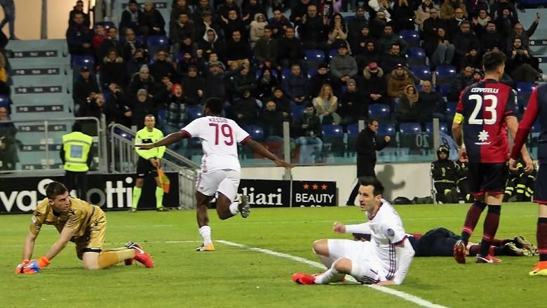 Comeback, Milan Tundukkan Cagliari