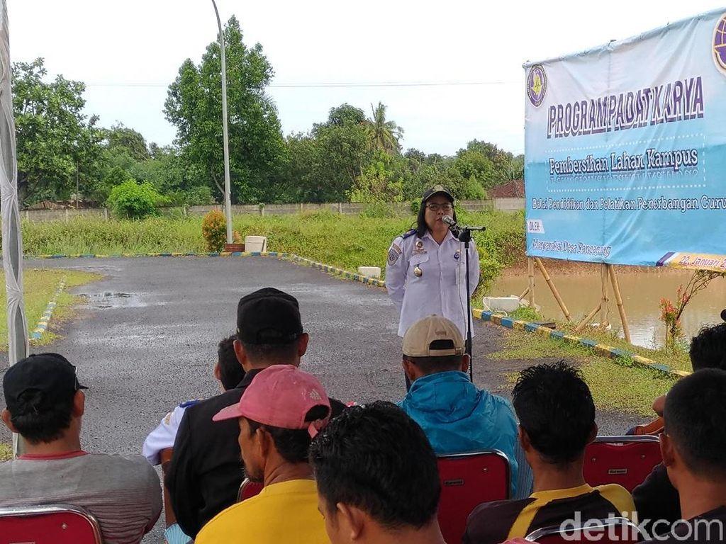 Sekolah Penerbangan Curug Gelar Program Padat Karya Jokowi