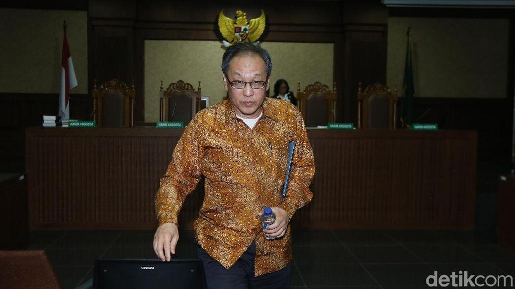 Jurus Lupa dan Tidak Ingat Made Oka Masagung di Sidang Novanto