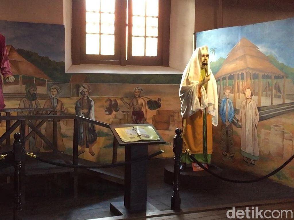 Keseruan Jelajahi Sejarah Indonesia di Museum Bahari