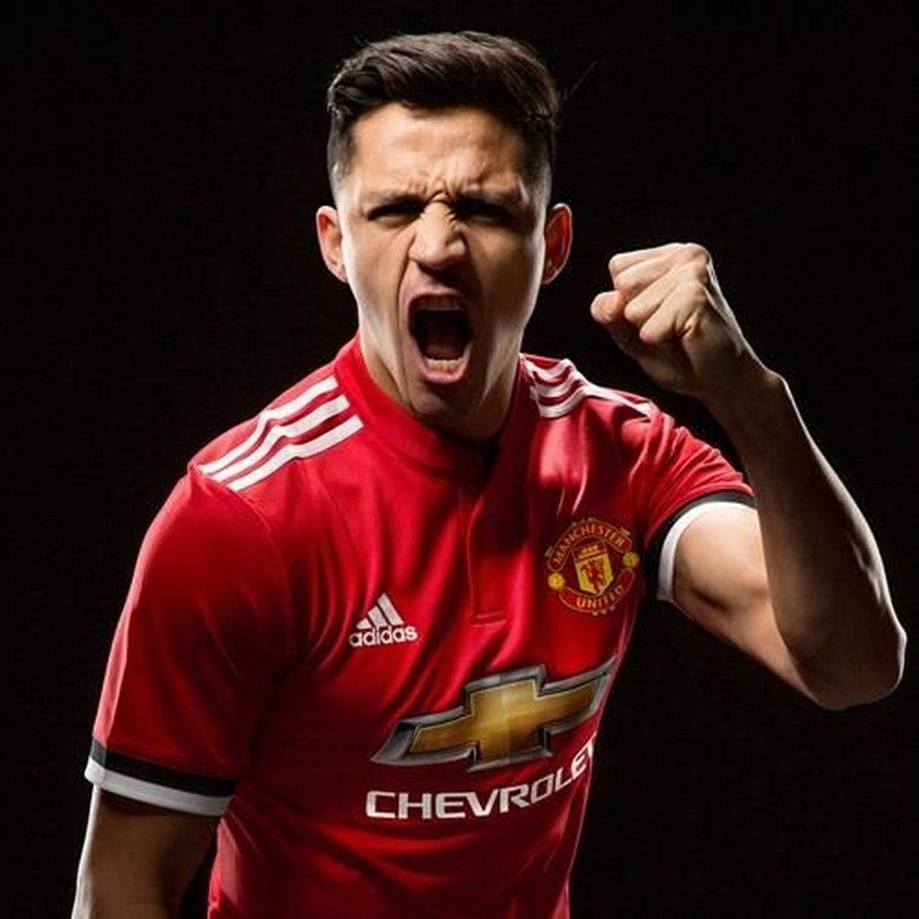 Alexis Sanchez Terlahir untuk MU