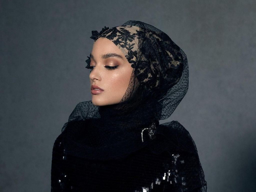 Hijab Ini Dijual Rp 4 Jutaan, Inikah Hijab Termahal Di Dunia?