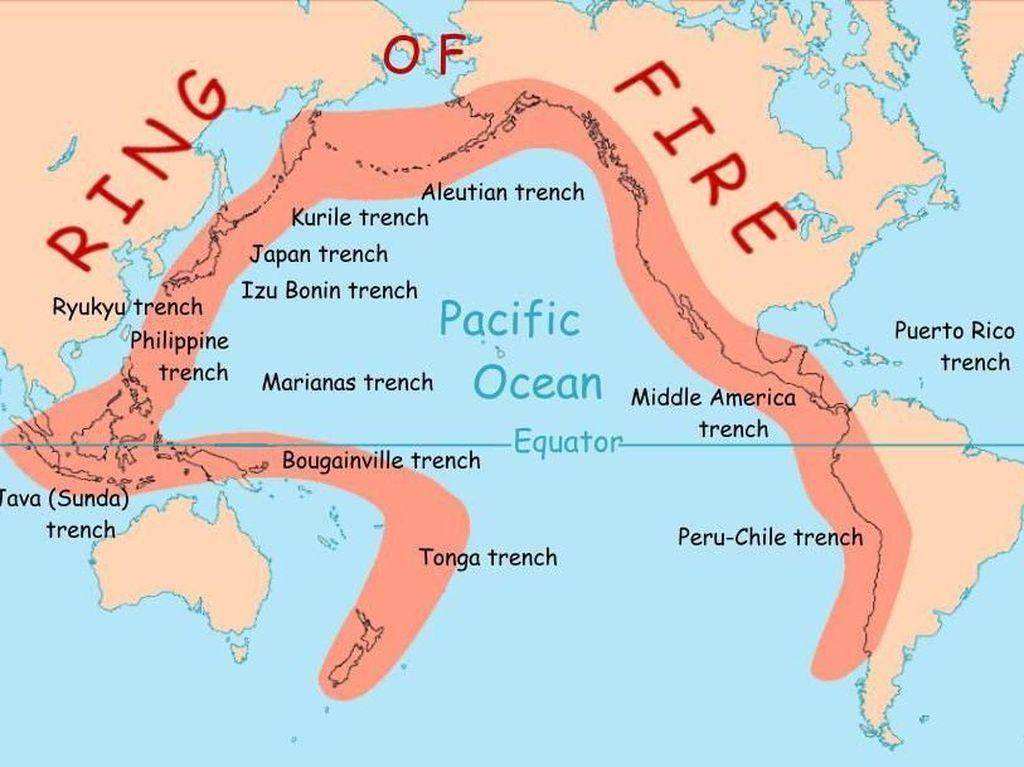 Deretan Gunung Berapi di Lingkaran Cincin Api Pasifik