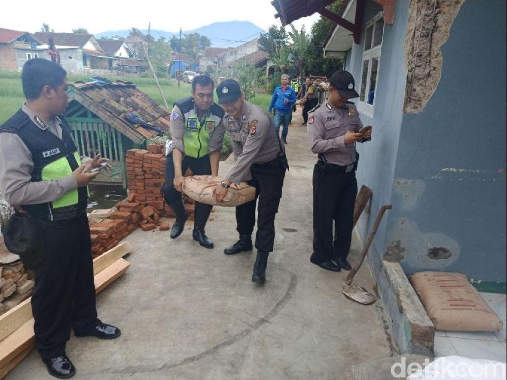 Bantu Korban Gempa, Polresta Sukabumi Terjunkan Ratusan Personel