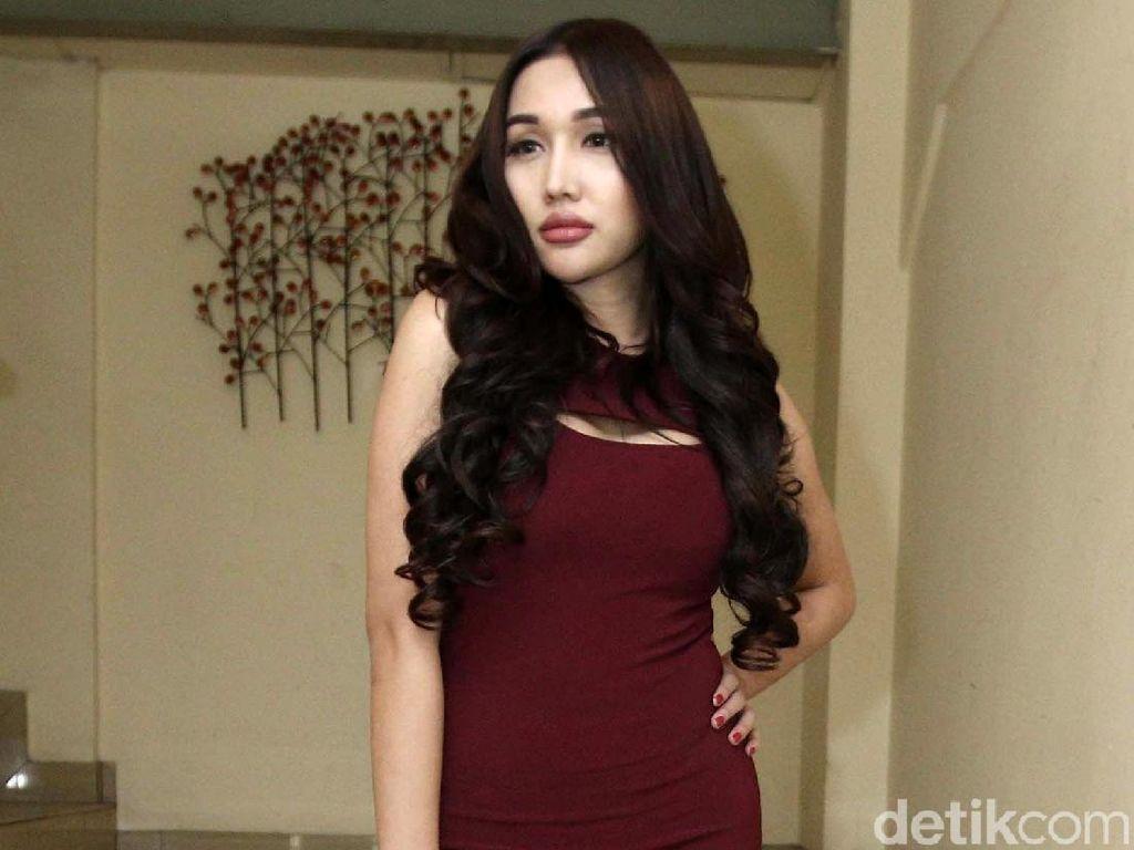 Kabar Lucinta Luna Nikah, Netizen Pertanyakan Perkawinan Sesama Jenis