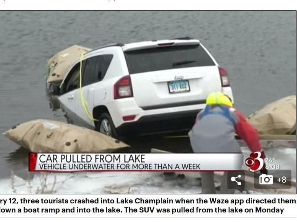 True Story! Turis Nyemplung ke Danau Gara-gara Waze