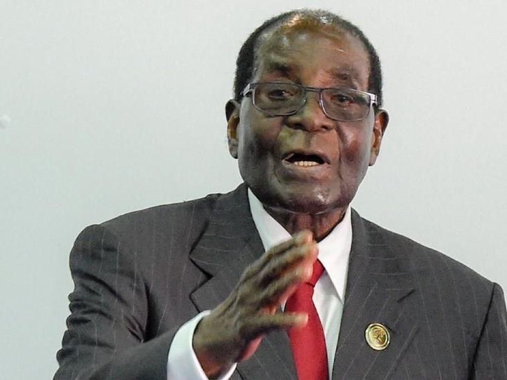 Tak Lagi Jadi Presiden, Mugabe Masih Terima Gaji Penuh dan Tunjangan