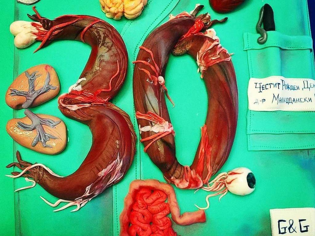 10 Kue Berbentuk Organ Tubuh Manusia, Mulai dari Otak hingga Jantung