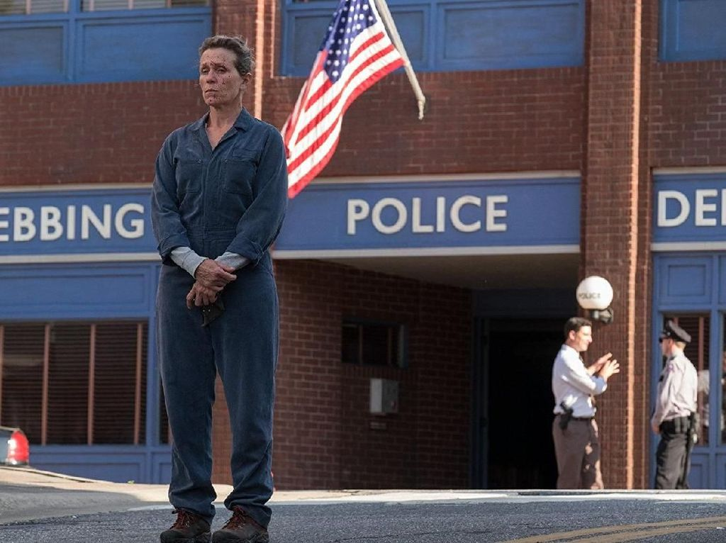 Three Billboards Outside Ebbing, Missouri Persembahan untuk Frances McDormand