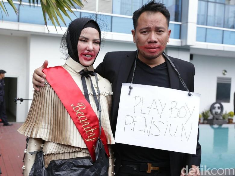 Gelar Bridal Shower Dengan Angel Lelga, Vicky Prasetyo Pensiun Jadi Playboy