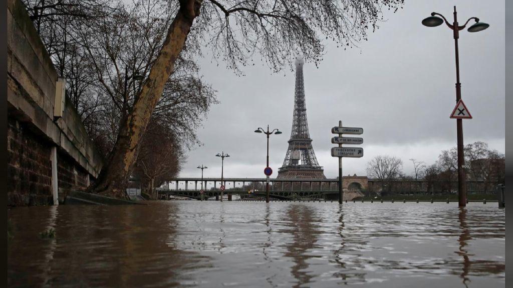 Foto: Begini Wajah Paris dan Eiffel Saat Kebanjiran