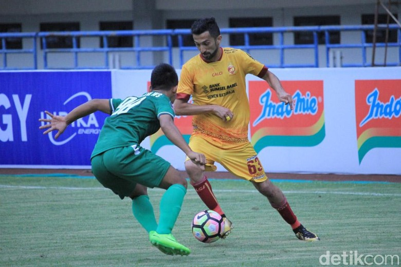 Sriwijaya FC Kalahkan PSMS Medan 2-0