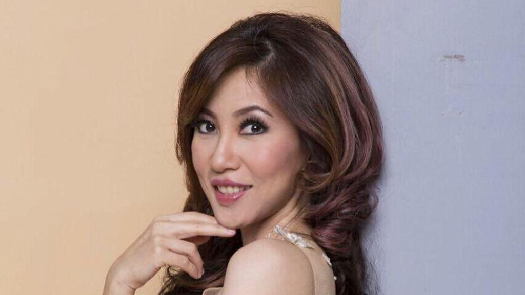 Sonia Wibisono, Dokter dan Sosialita yang Eksis di Instagram