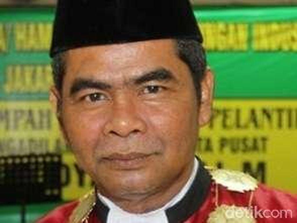 Suwidya, Pemvonis Seumur Hidup Akil Mochtar Kejar Kursi Hakim Agung