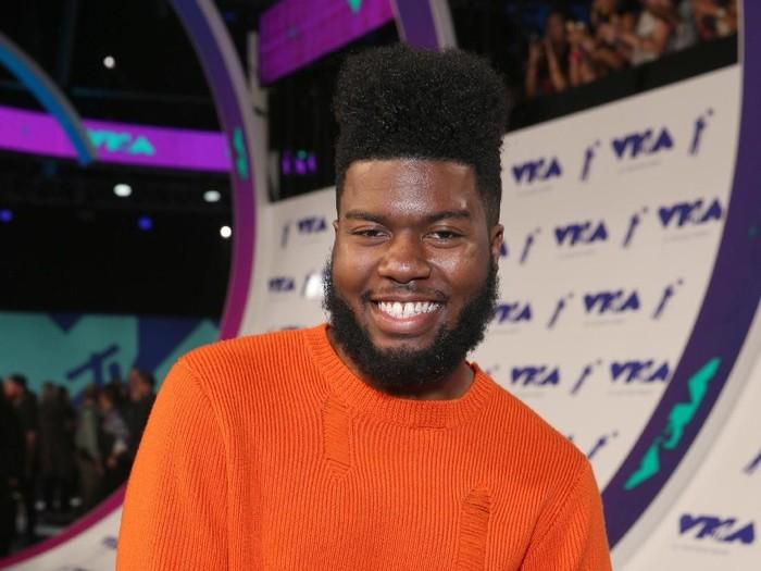 Khalid pernah bermimpi masuk ke Grammy Awards, siapa sangka kini ia mewujudkan hal tersebut lewat lagu-lagu hitsnya. Pria 19 tahun itupun menjadi musisi termuda di Grammy tahun ini. Phillip Faraone/Getty Images.